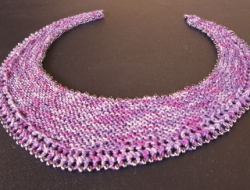 Beaded Crescent Neck Lace e-Pattern