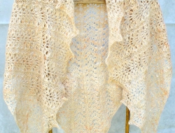 Elegantly Simple Triangle Shawl e-Pattern