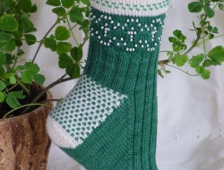 Beaded Shamrocks Socks e-Pattern