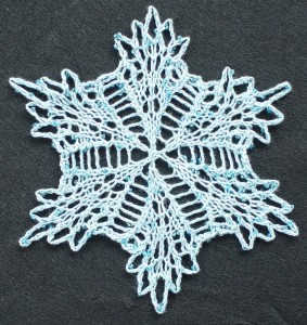 Small Center-Out Lacyflake snowflake medallion