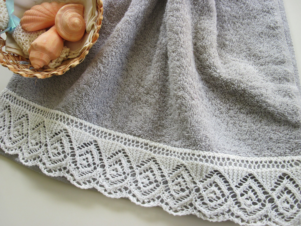 Knit Edging Patterns : August project: Spiraling Diamonds Lace-edged Towel Knit HeartStrings Learn...
