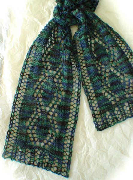 Narrow Lace Leaves Scarf