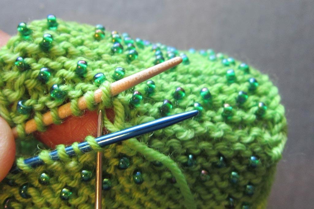 Knitting Kitchener Stitch Garter : Bonus kitchener garter stitch knit heartstrings learn